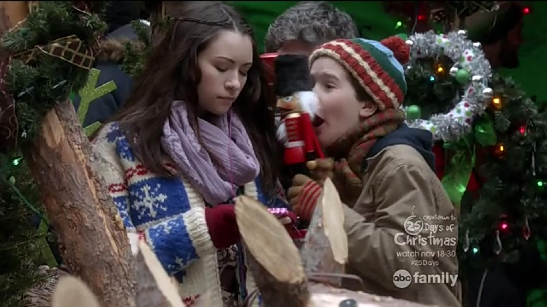 Home Alone The Holiday Heist Screencaps Home Alone Holiday